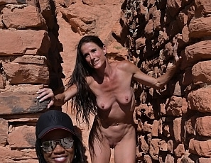 SofieMarieXXX/Raven and Sofie Nude Cabins